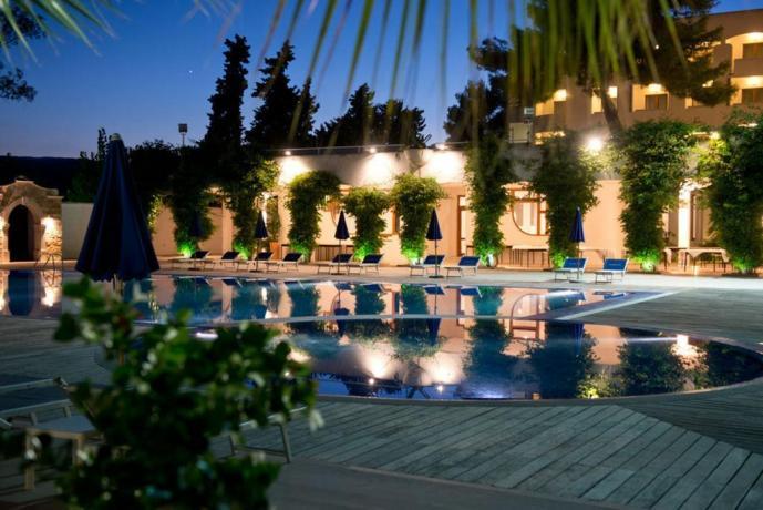 Piscina panoramica hotel in provincia di Foggia
