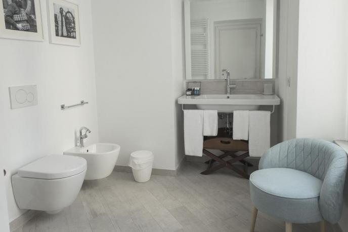 Bagno suite hotel Finale Ligure