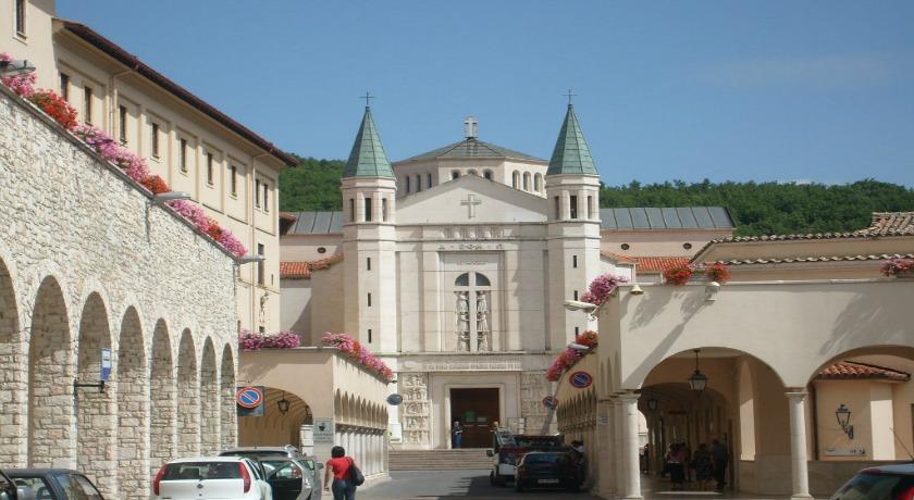 Hotel Cascia vicino Basilica Santuario