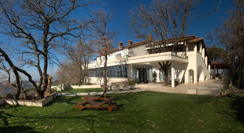 Country House con giardino attrezzato