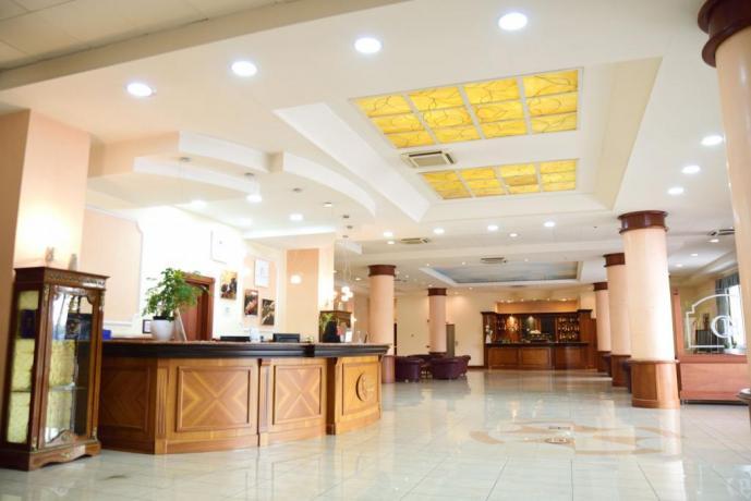 Hotel con Wi-Fi e aria condizionata a Caserta