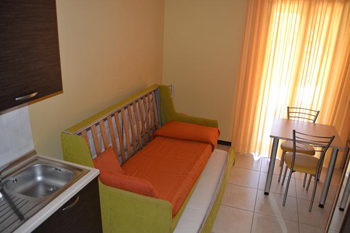Appartamenti con Piscina Mandatoriccio vicino al Mare Ionio