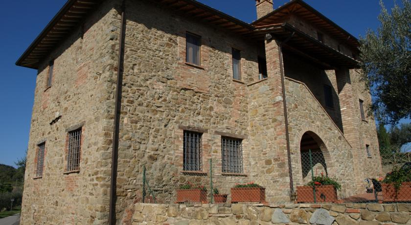 Agriturismo con piscina attrezzata e solarium Perugia