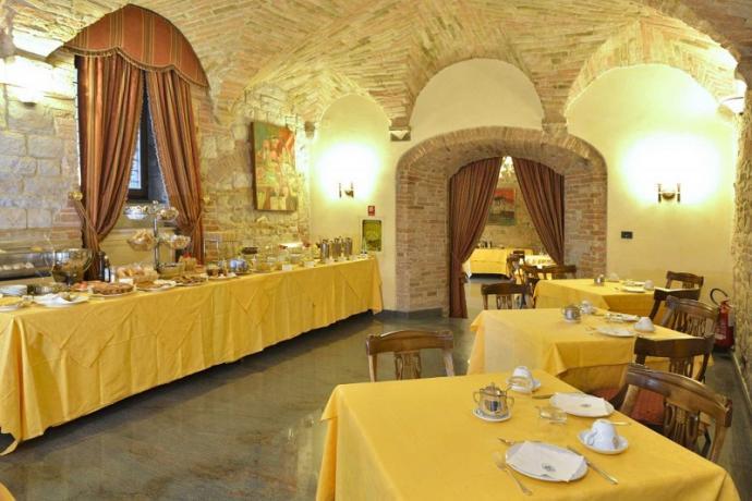 Ristorante 4 stelle hotel a Todi