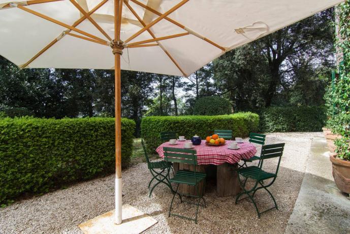 Villa Lusso Jesi, con piscina e giardino attrezzato