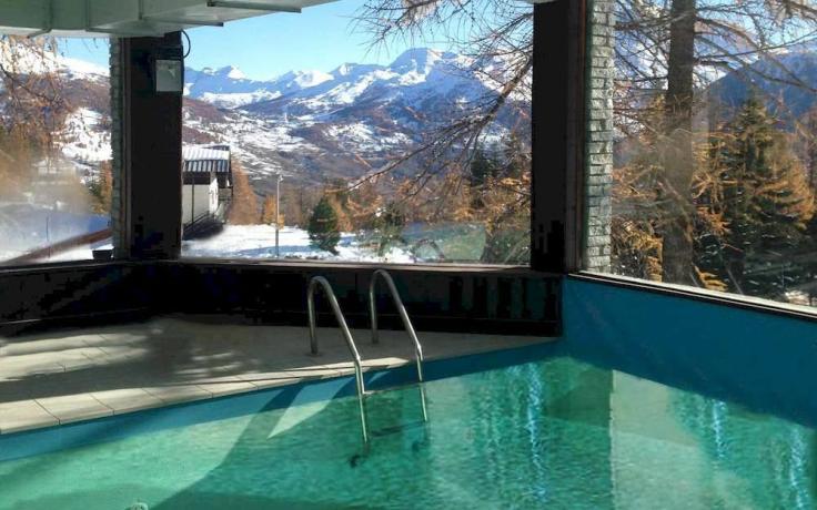 Baita di montagna in Val di Susa (Piemonte), sulle piste da scii, Camere, Ristorante, Centro Benessere.
