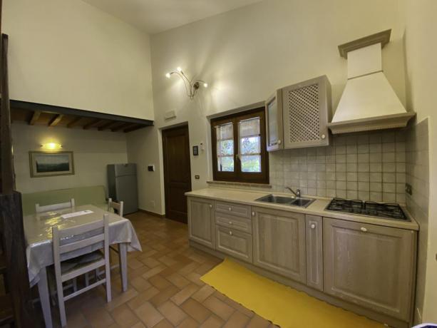 AgrillaeTrasimeno- Cucina nuova spaziosa e attrezzata