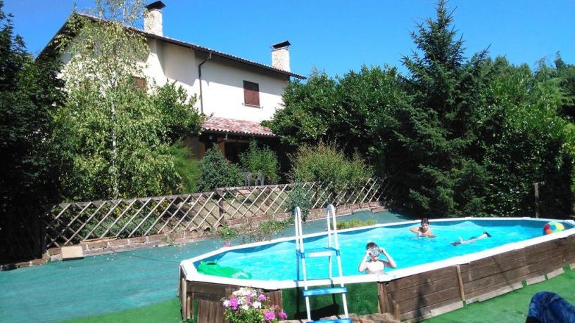 Appartamenti vacanze con piscina vicino l'Aquila