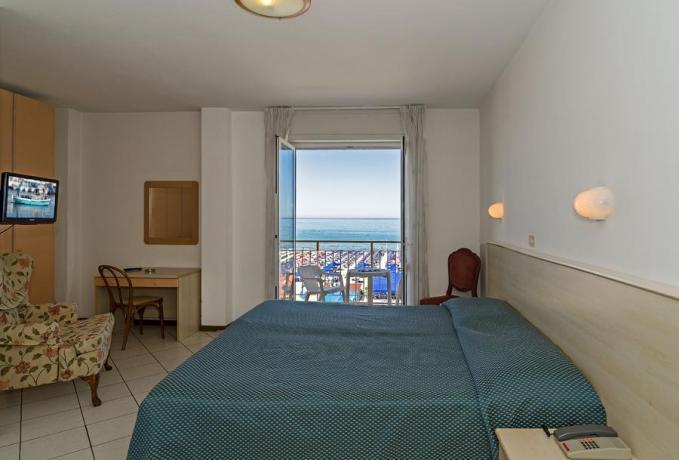 Hotel3stelle con Ascensore-Balcone-tv a Lido-di-Camaiore