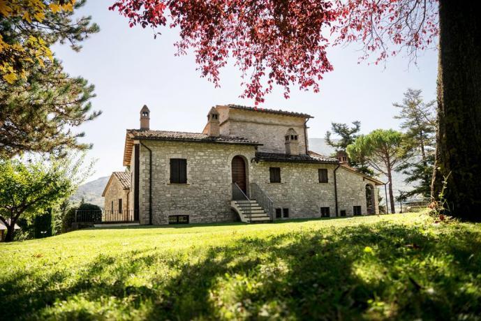Casale romantico ad Assisi, ideale per le coppie