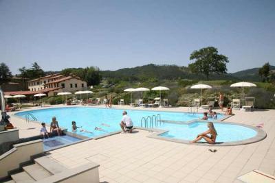 Agriturismo a Gubbio con Piscina panoramica