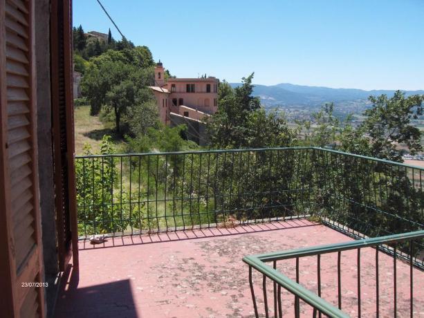 Balcone del con vista panoramica