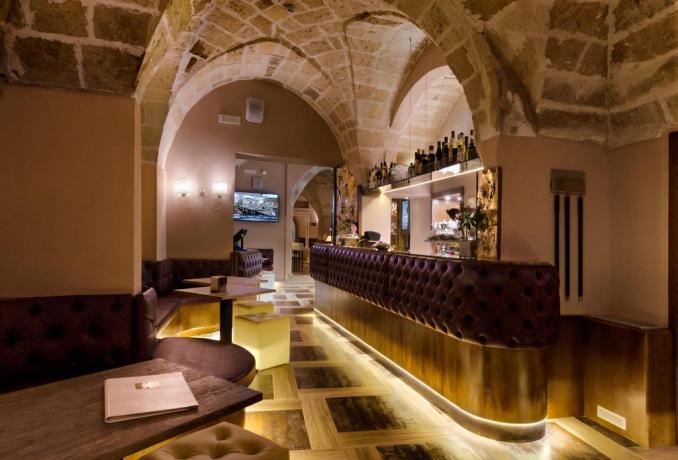Bar dell'hotel 4 stelle in Puglia