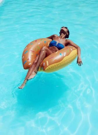piscina con vista mare a S.agata Militello