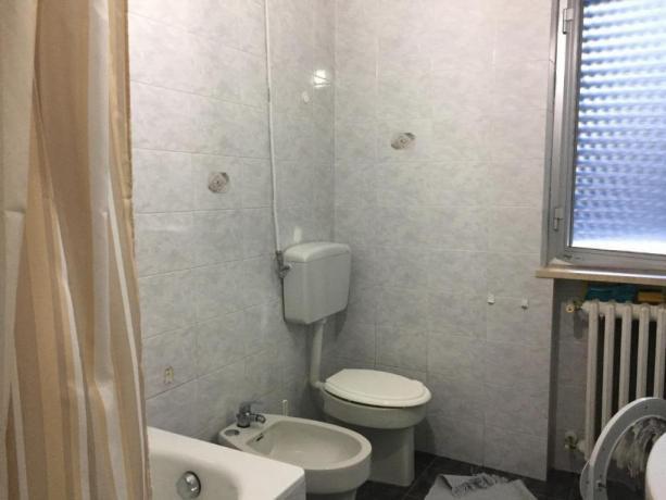 Appartamento con bagno e doccia in B&B Taranto