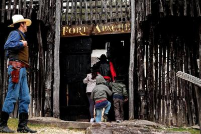 Fort Apache e Far West