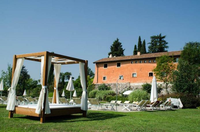 Relais con Piscina Benessere Lago di Garda