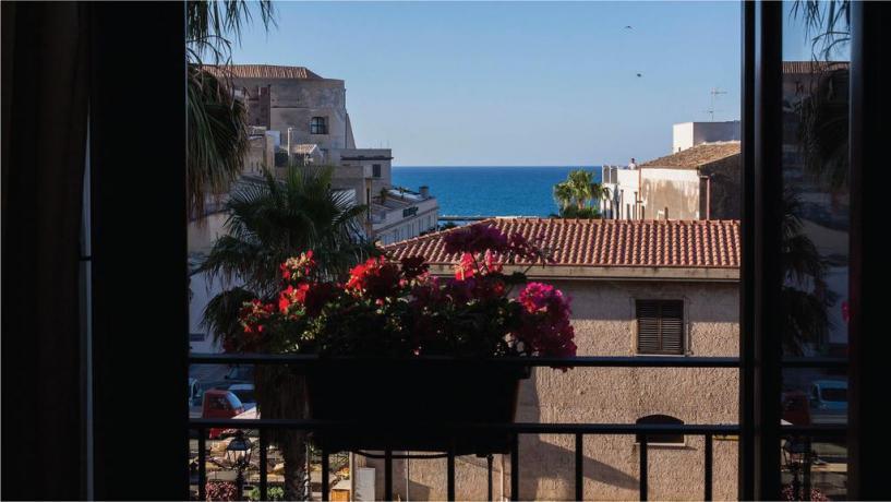 Hotel tra Trapani e Palermo vicino Mare Playa
