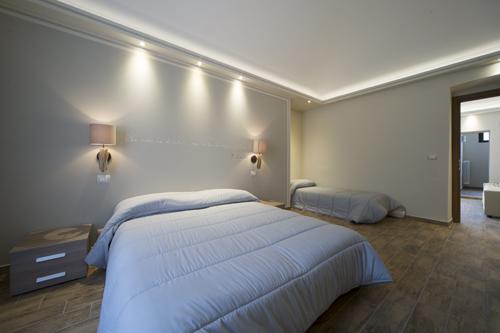 Camera matrimoniale con letto-singolo appartamento-vacanze Bardonecchia