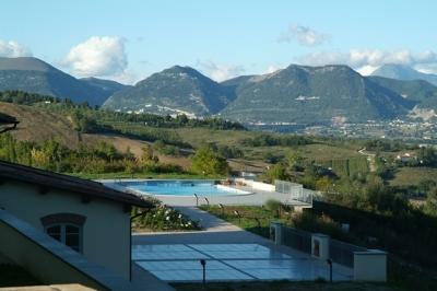 Grande Tenuta in Country House a Gubbio
