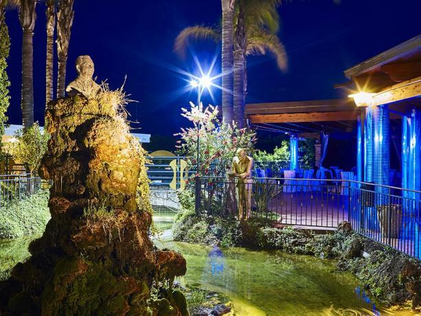 Albergo 4stelle Battipaglia con giardino fontane Salerno