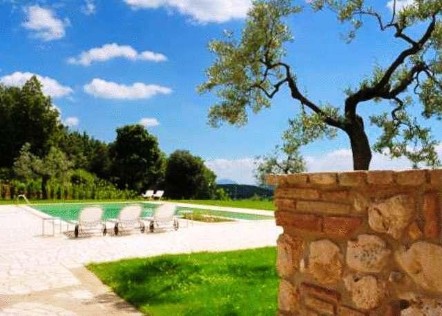 Vacanze in residence umbro con piscina