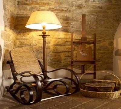 Angoli relax con camino e sofa
