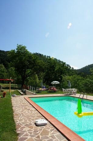 Agriturismo, relax, piscina, parco naturalistico, trekking, mountainbike