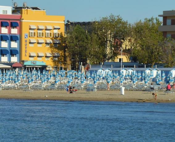 Hotel in riva al mare a Fano