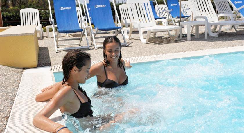Lastminute AGOSTO in Villaggio a San Ferdinando con Animazione fronte mare in Pensione Completa