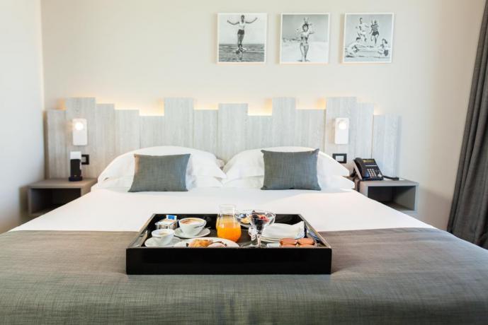 Hotel 4 Stelle Pesaro Camera matrimoniale