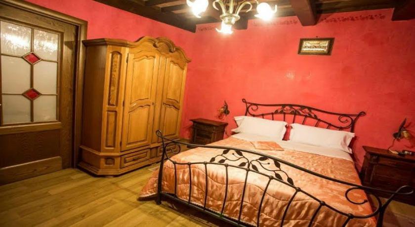 Camere e Appartamenti nelle colline di Trevi
