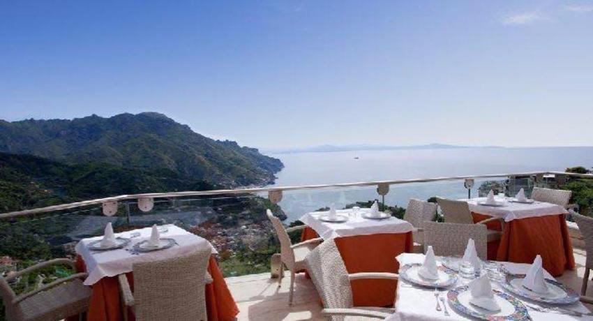 Relax in Campania con Ristorante vista mare