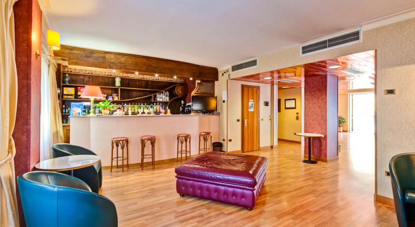 Bar in Hotel 3 Stelle a Norcia
