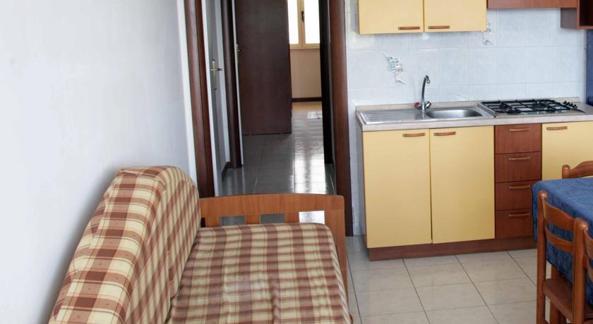 Hotel 4 stelle con camere o mini-apartamenti