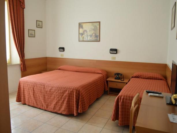 Camera Tripla per famiglie Hotel Fano