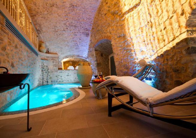 Grotta del benessere in Hotel Romantico Rimini