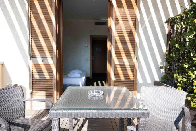 Terrazza Arredata in Grande Villa a Nerviano