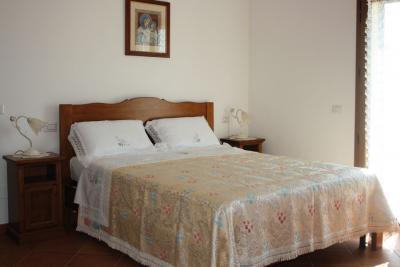 agriturismo con camera matrimoniale ad Assisi