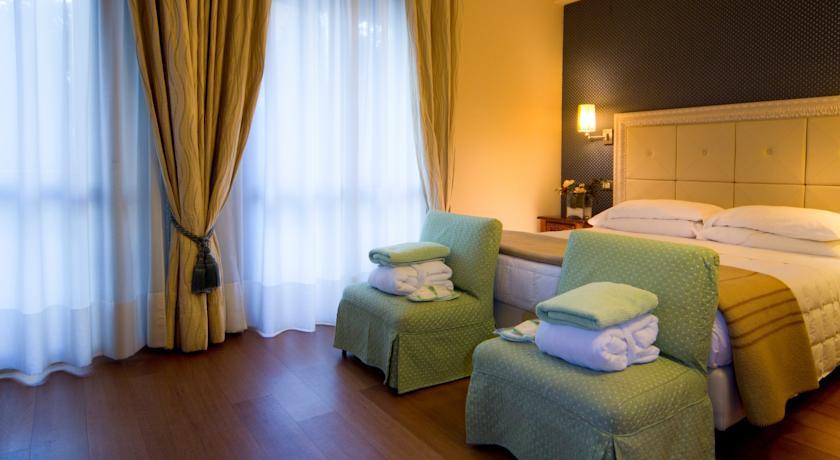 Camera matrimoniale Chianciano Terme Hotel****