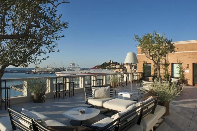 Hotel al Porto di Ancona imbarco Traghetti