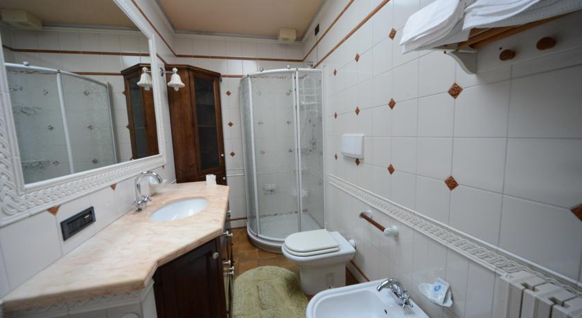Bagno con box doccia bb ad Assisi