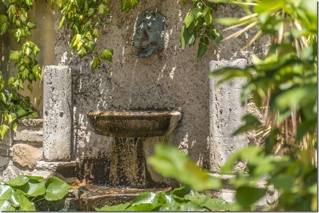 Giardino attrezzato in hotel economico lagotrasimeno