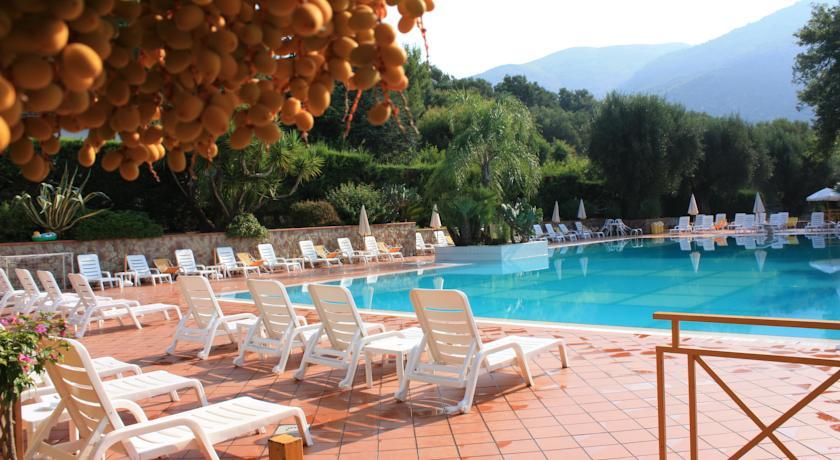 Hotel con Piscina a Palinuro