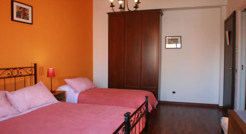 Camera Tripla Economic B&B a Roma