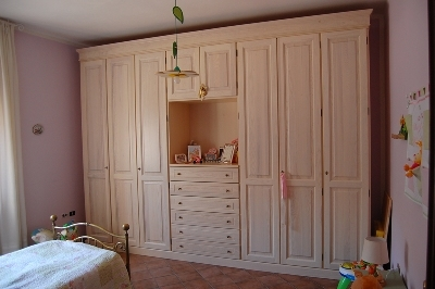 camerette in massello stile olandese : Produzione e vendita di camere in legno massello in Umbria.