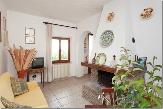 Residenza Podere appartamento-vacanza soggiorno camino tv Magione-Perugia