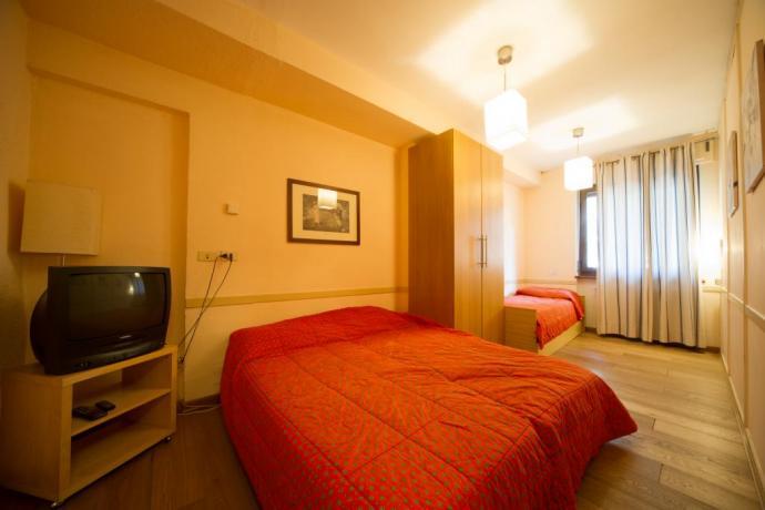 Camera 3 persone villa-storica Bardonecchia tv in camera