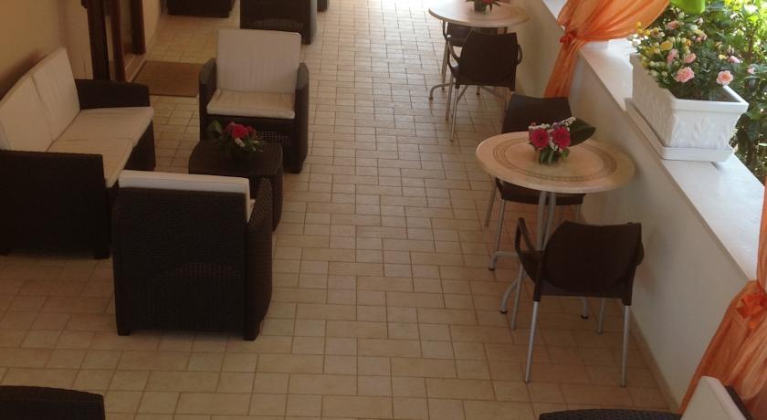 Hotel a Carovigno con Ristorante e Parcheggio