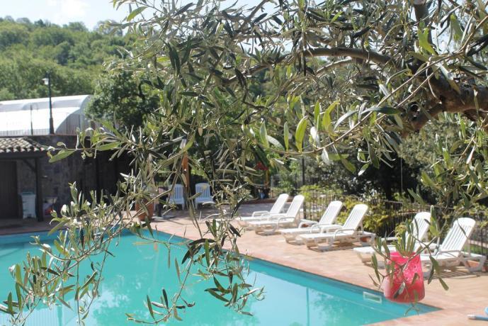 Agriturismo con piscina ad Adrano vicino Paternò